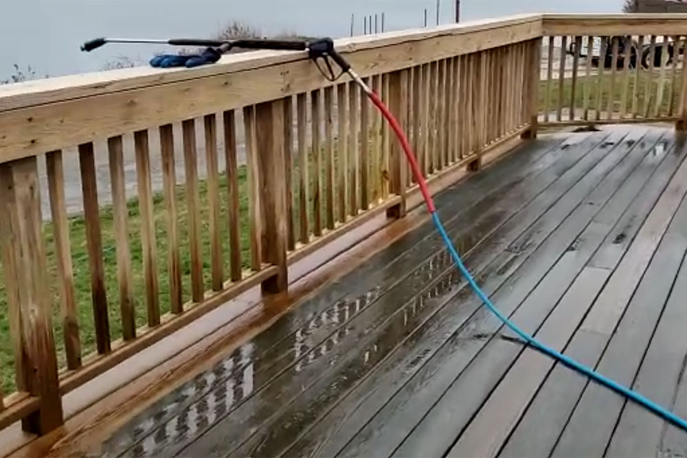 ELCO Painting residential exterior deck power washing services