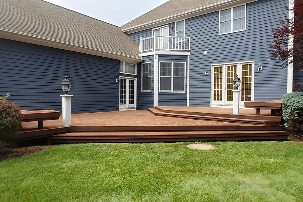 Residential deck before ELCO Painting deck staining